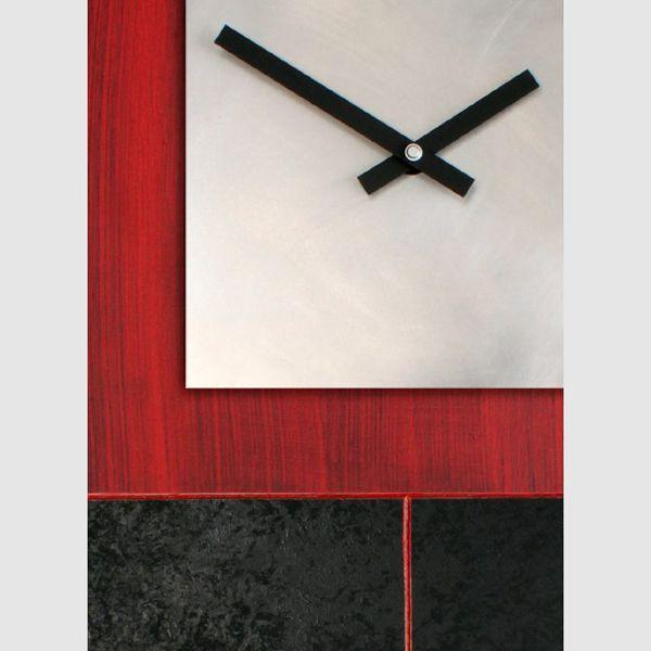 Clock 033