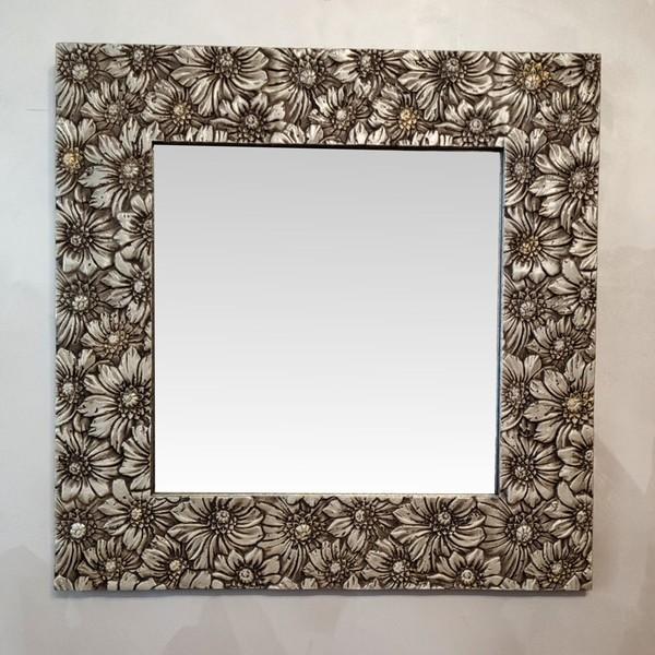 Зеркало в квадратной раме. 3D Цветы