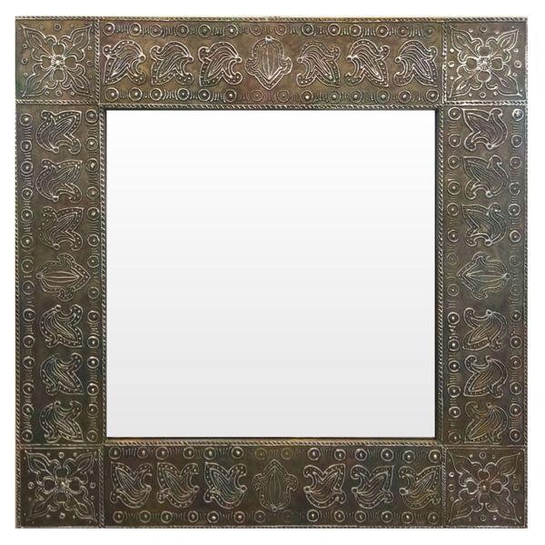 Зеркало в квадратной раме. Этно стиль