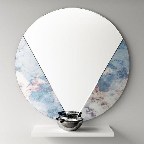 Круглое зеркало с абстрактным декором